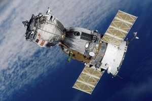 satellite-soyuz-spaceship-space-station-41006